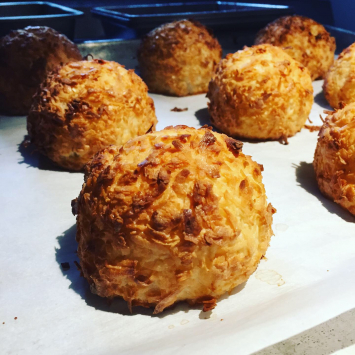 Swiss Baker - Extra Large Coconut Macaroon