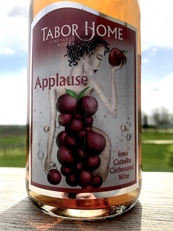 Tabor Home Winery - Applause