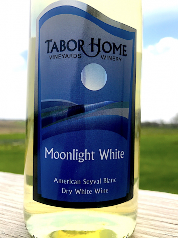 Tabor Home Winery - Moonlight White