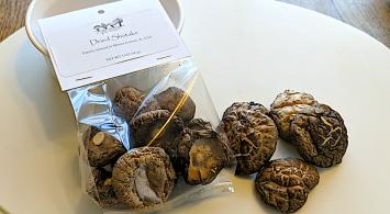 Wild Growth Gourmet Mushrooms - Dried Shiitake Mushrooms