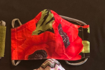 Face Mask, Ladies Red Poppy