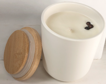 """Candle medium, """"Hygge"""" with wooden lid"""