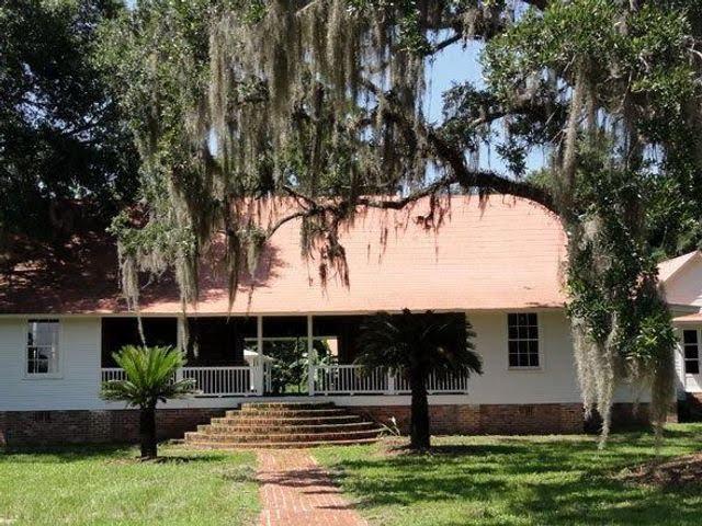 Nicholson's-house.jpg