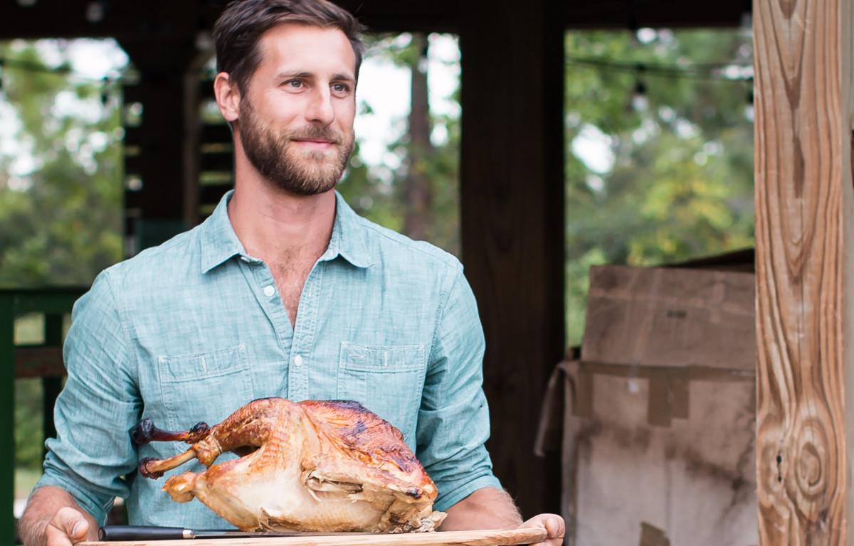 Thanksgiving Turkey Deposit: LARGE 17-19.9 lbs