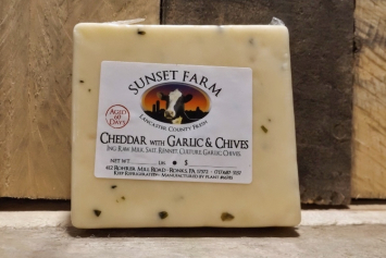 Sunset Farm Garlic and Chive Cheddar