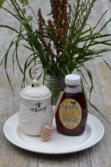 Honey - Herb's Pride - 1.5 lb Squeeze
