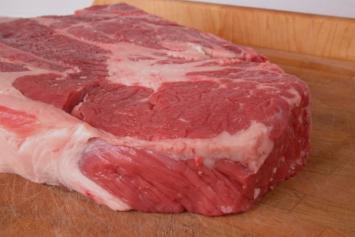 (2-3 lb) Grain-Fed Chuck Roast