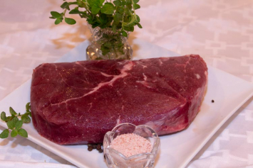 (1-2 lb) Grain-Finished Sirloin Steak