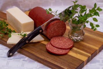 Grain-Finished Cracker Sized Beef Bologna