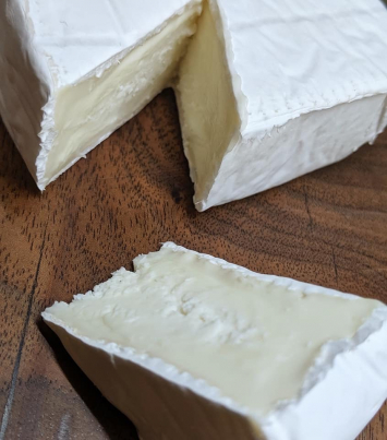 Niko (Sheep's Milk Bloomy Rind)