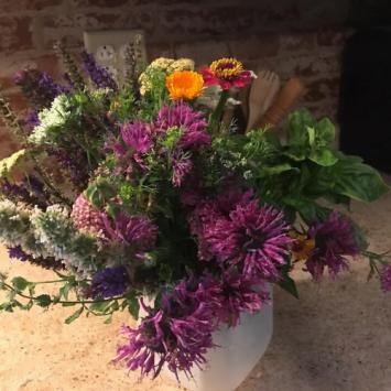 A Quart of Blooms