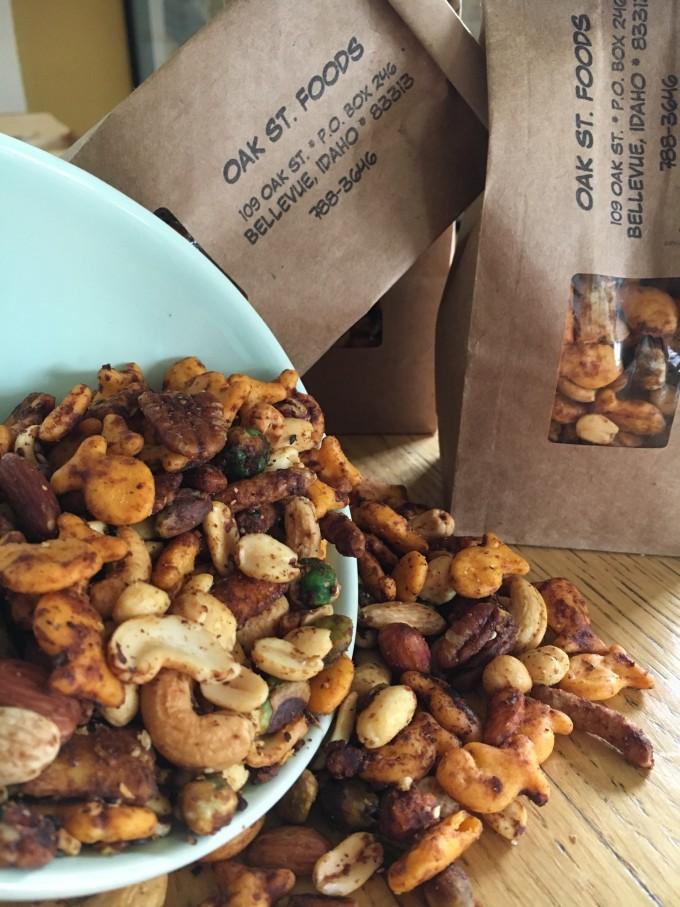 Oak St Foods Snack Mix