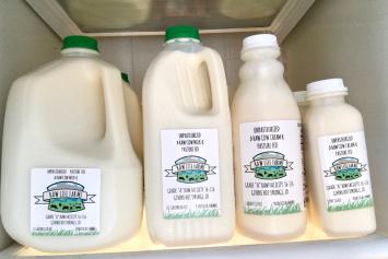 Milk, Whole Raw  Pint RLF