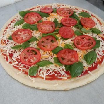 Pizza, Tomato Basil