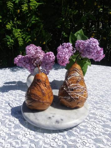 Caramel Pear w/choc. drizzle