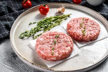 10 PK Bacon Burger