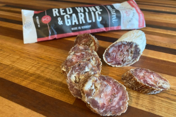 Red Wine & Garlic Salami