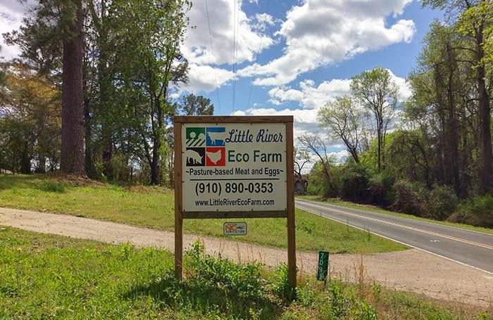 farm-sign-700x455.jpg
