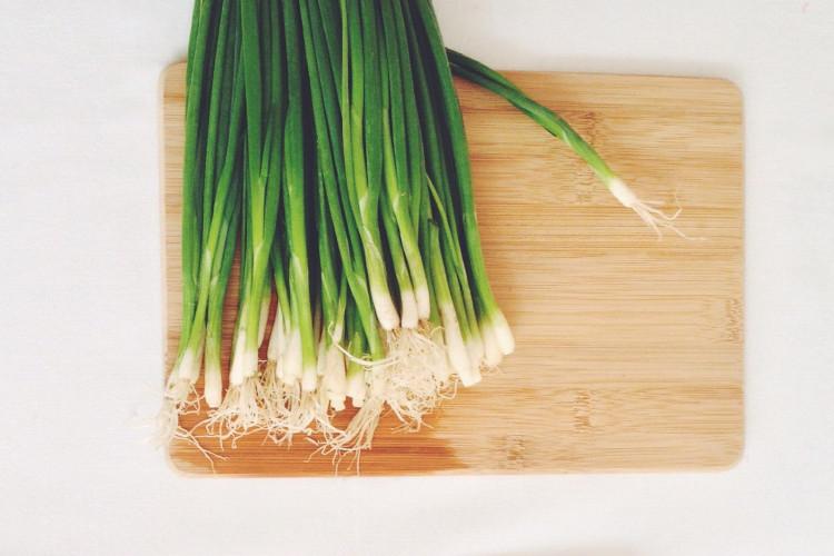 Onions, green