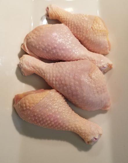 Chicken Legs: 4/pk