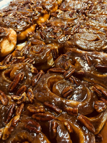 Caramel Pecan Sticky Bun (Single)
