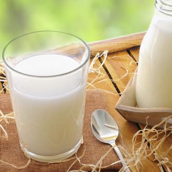 Raw Milk (1 Gallon)