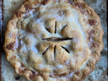 Chicken Dinner - Apple Pie
