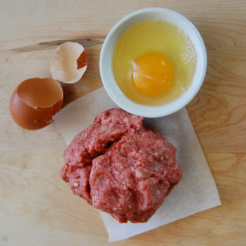 Beef breakfast sausage