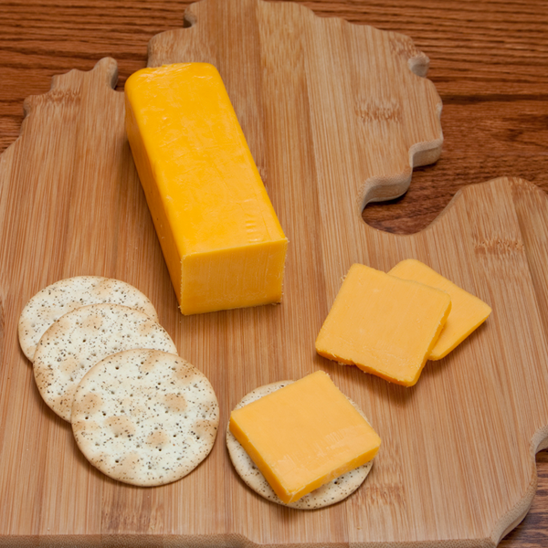 Cheddar Cheese - Yellow Sharp 0.50 lbs. - Farm Country Amish Cheese