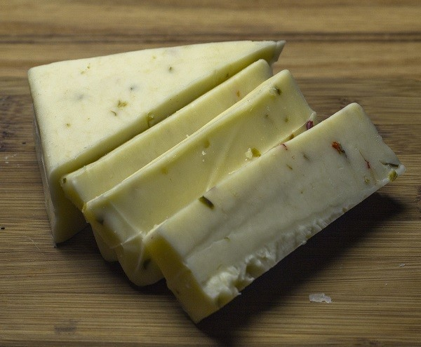 Farm Country Amish Cheese - Hot Pepper Jack 8oz