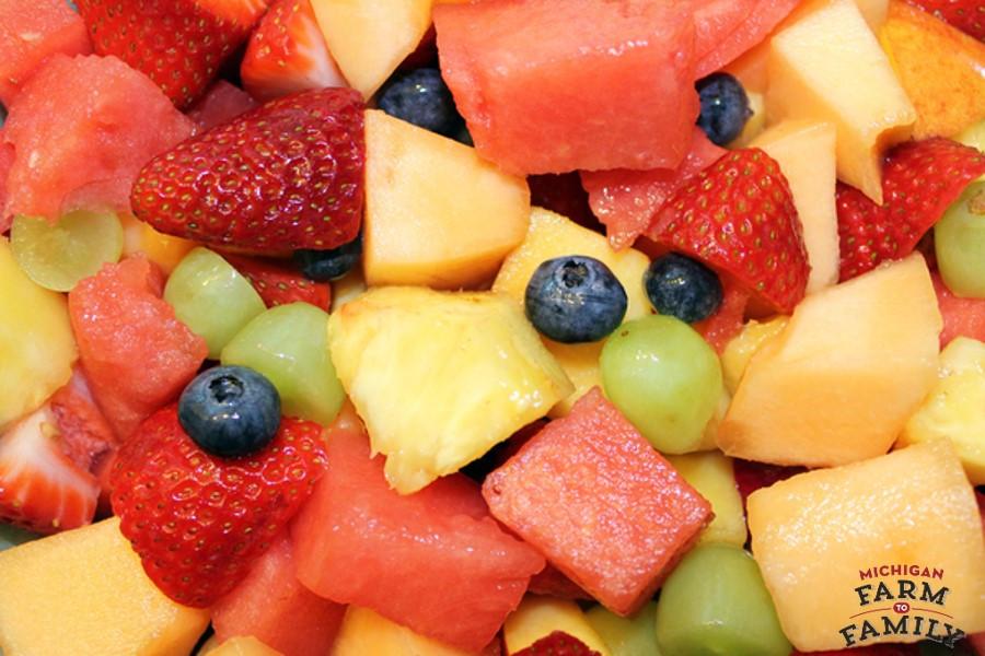 Fresh Cut Organic Fruit Salad, Small