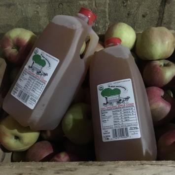 1/2 Gal Organic Apple Cider - Almar Orchards