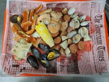 Summer Seafood Boil ($1.50 Deposit for Styrofoam Cooler Included)