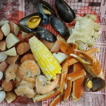 Summer Seafood Boil Cookout Kit