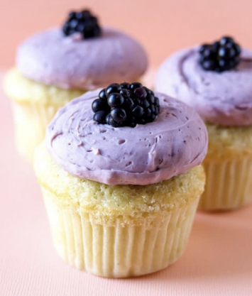 Buttermilk Cupcake with Blackberry Buttercream