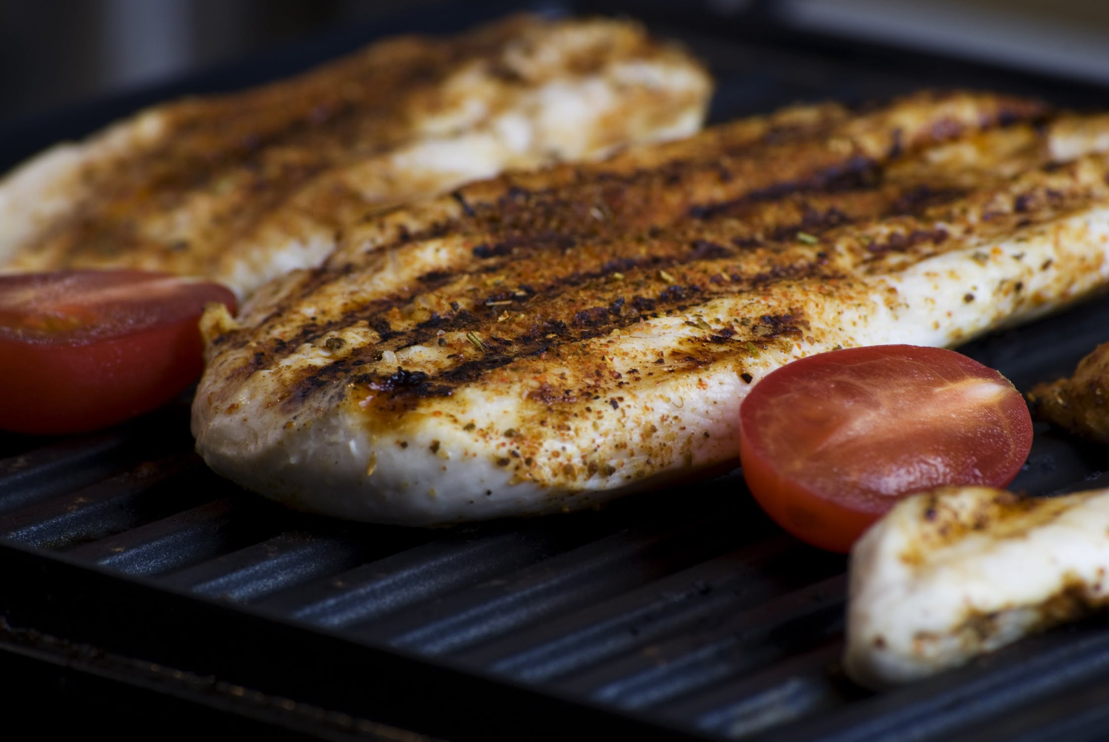 Smart tips for grilling the perfect chicken breasts