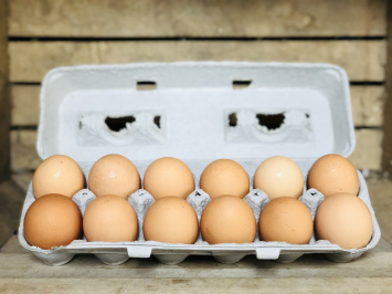 1 dozen - Brown Soy-Free Chicken Eggs*