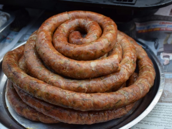 Salt & Pepper Beef Rope Sausage