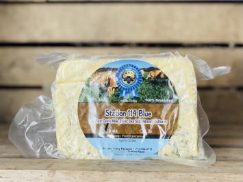 8oz Raw A2 Blue Cheese