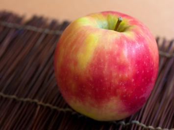 1lb - Pink Lady Apples