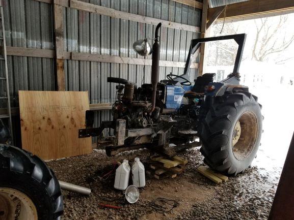 Old-tractor-mid-repair-smaller20200123_125234.jpg