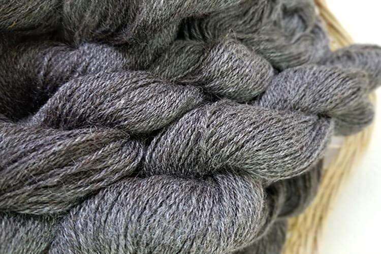 Yarn - Tommy