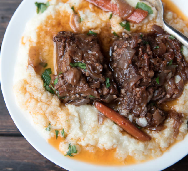 SLOW COOKER LOW CARB BEEF SHORT RIBS