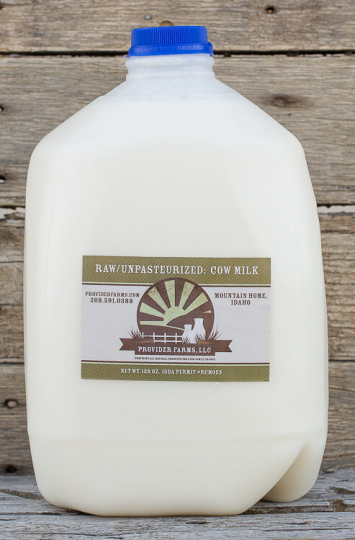 1 Gallon Raw Cow Milk (plastic)