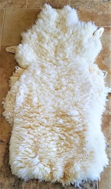 Grassfed Sheep Skin, All White