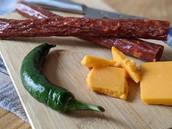 Beef Sticks (Jalapeno Cheddar)