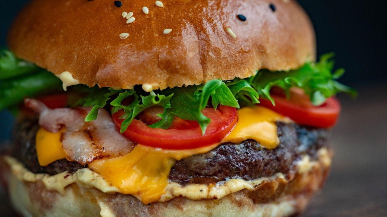 How To Make The Juiciest Burger By RJ's Meats