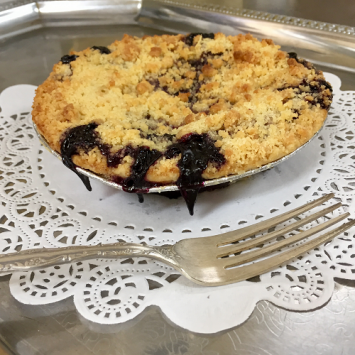 Baked Blueberry Crumb Pie - Small