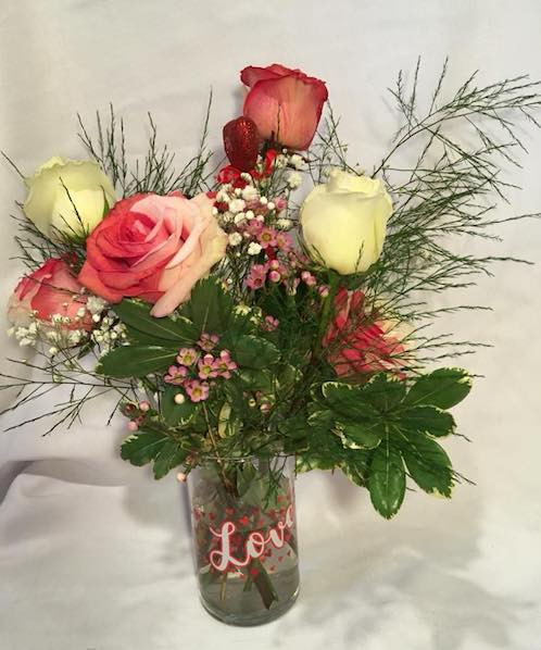 6 Rose Arrangement in Vase