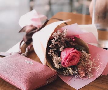 Single Long-Stemmed Rose